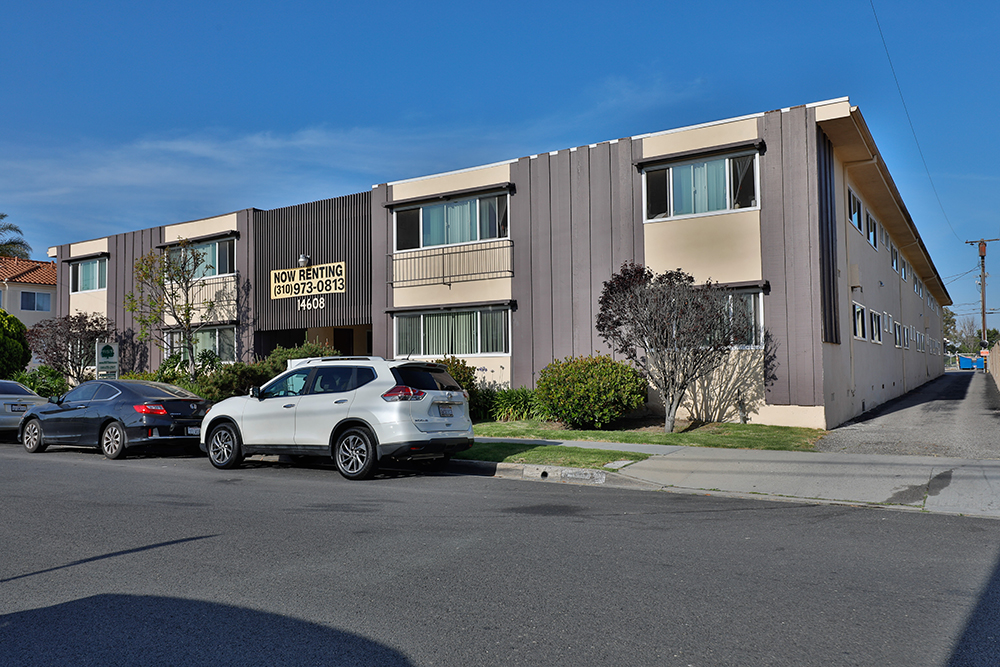 14602 14608 Yukon Avenue, Hawthorne