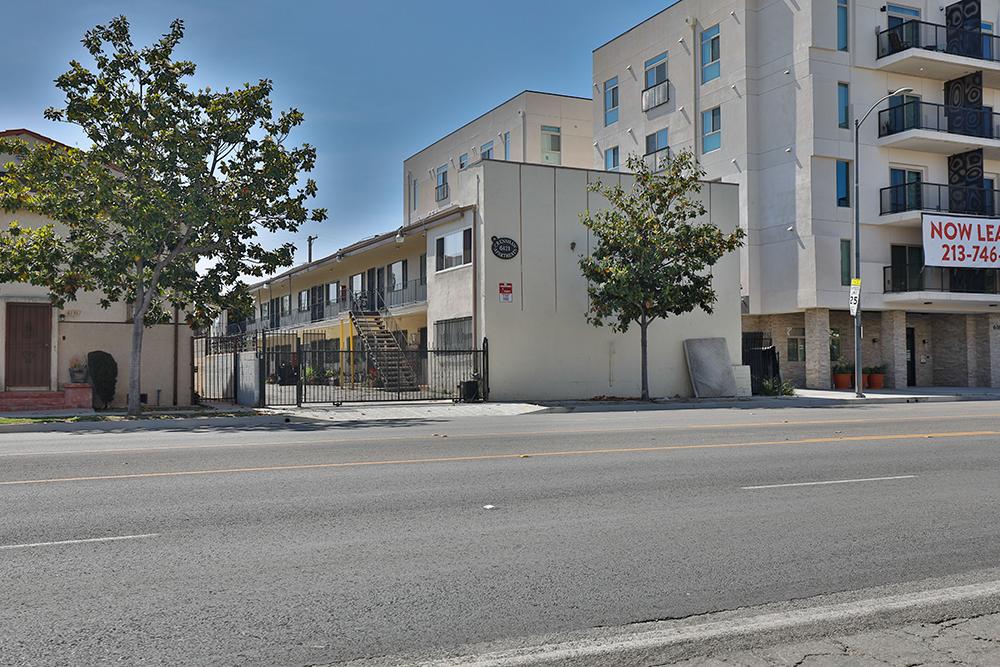 6121 Crenshaw Boulevard Los Angeles