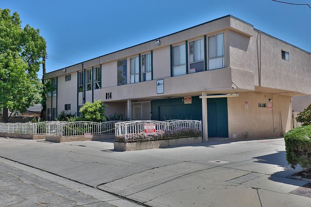 814 Victor Avenue, Inglewood