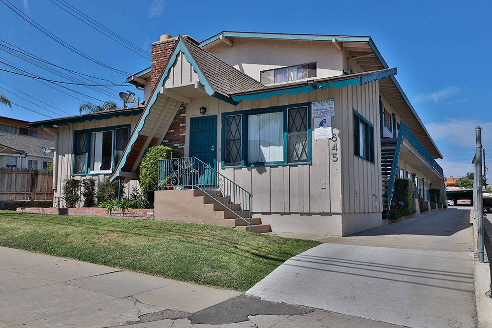 845 Victor Avenue, Inglewood