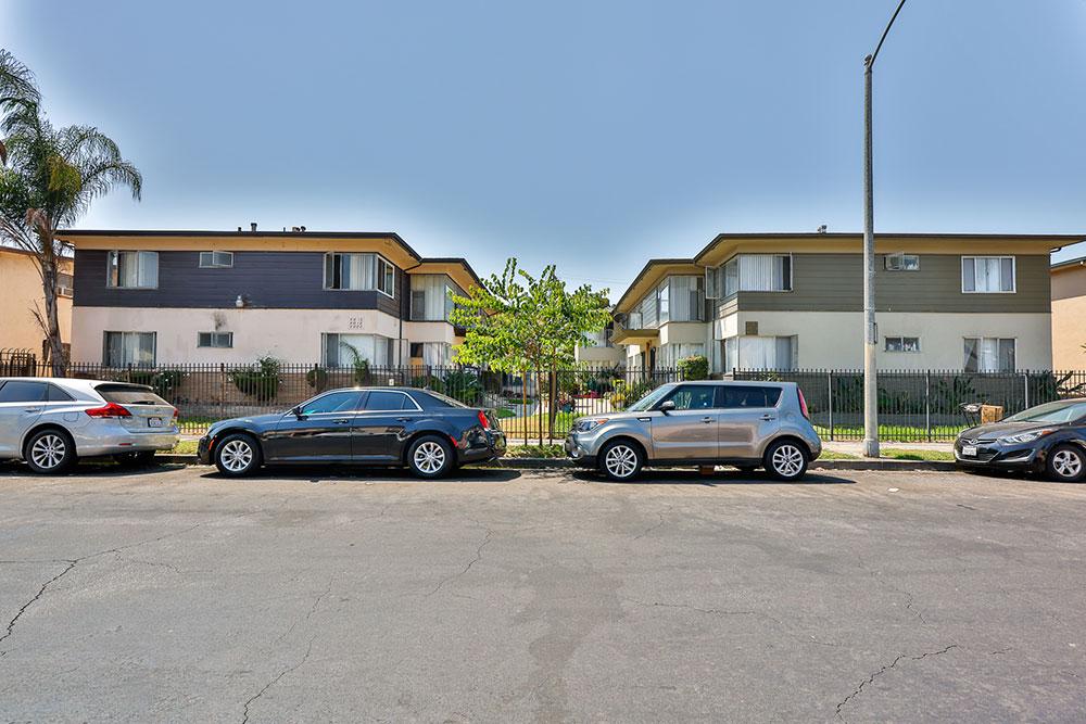 4022-Palmwood-Drive-Los-Angeles-2