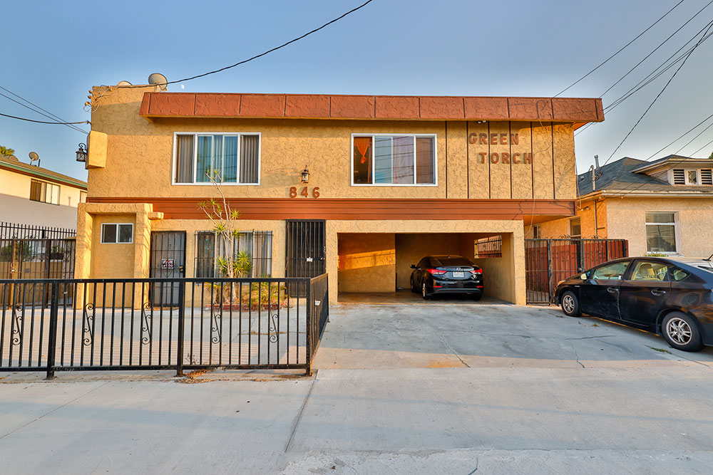 846-West-Alondra-Boulevard-Gardena-2
